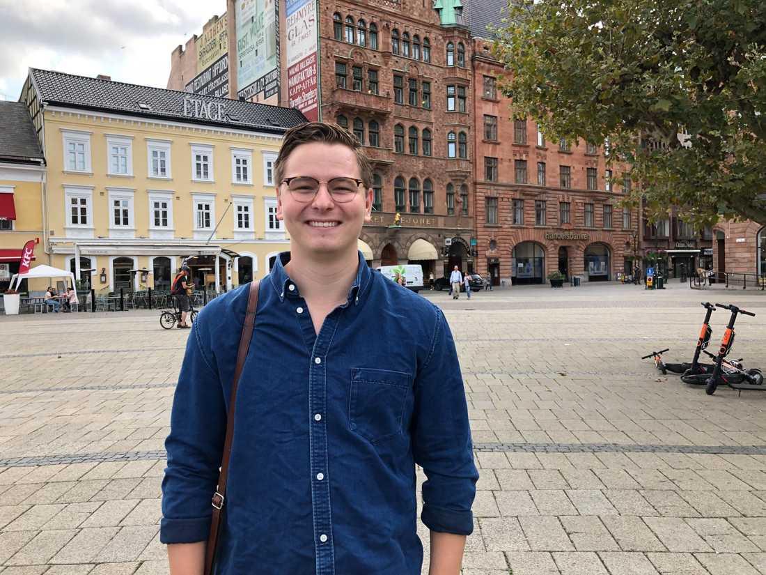 """""""Det känns som att det händer mycket i Malmö och det är mycket man vill hålla koll på"""", säger Kim Ottosson."""