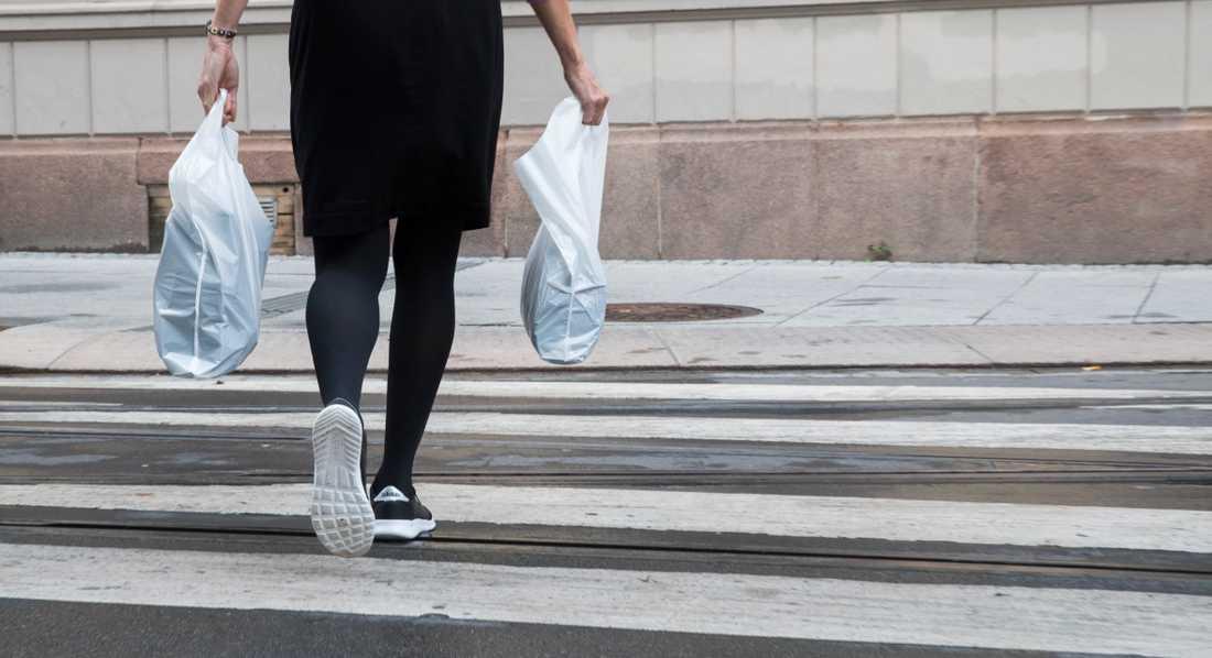 Förbudet mot plastkassar i Malmö utökas nu ytterligare.