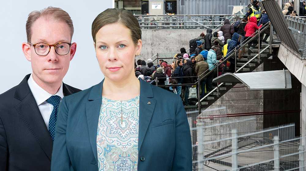 I dag avslutar den parlamentariska kommittén sitt arbete och man kan slå fast att det varit ett bortkastat år för integrationen. Det har främst drabbat dem som lider i utanförskap, skriver Maria Malmer Stenergard och Tobias Billström (M).