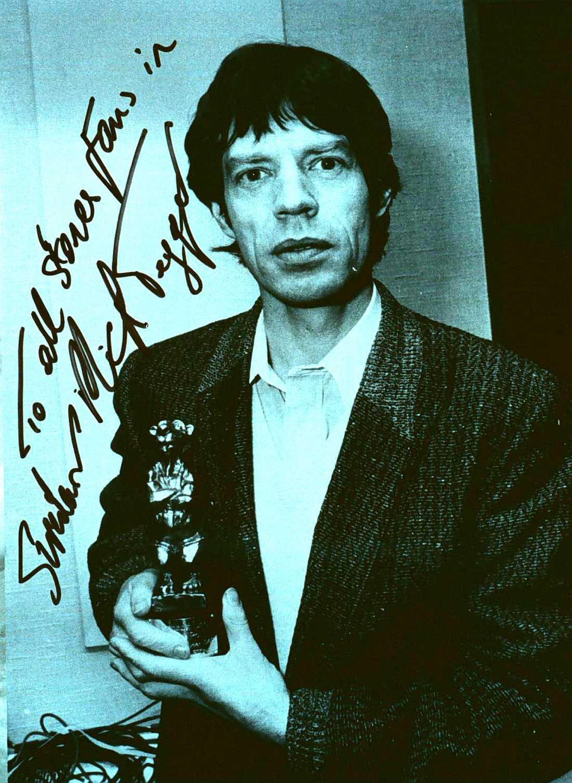 Björnpappan Mick Jagger med Rolling Stones björn 1982.