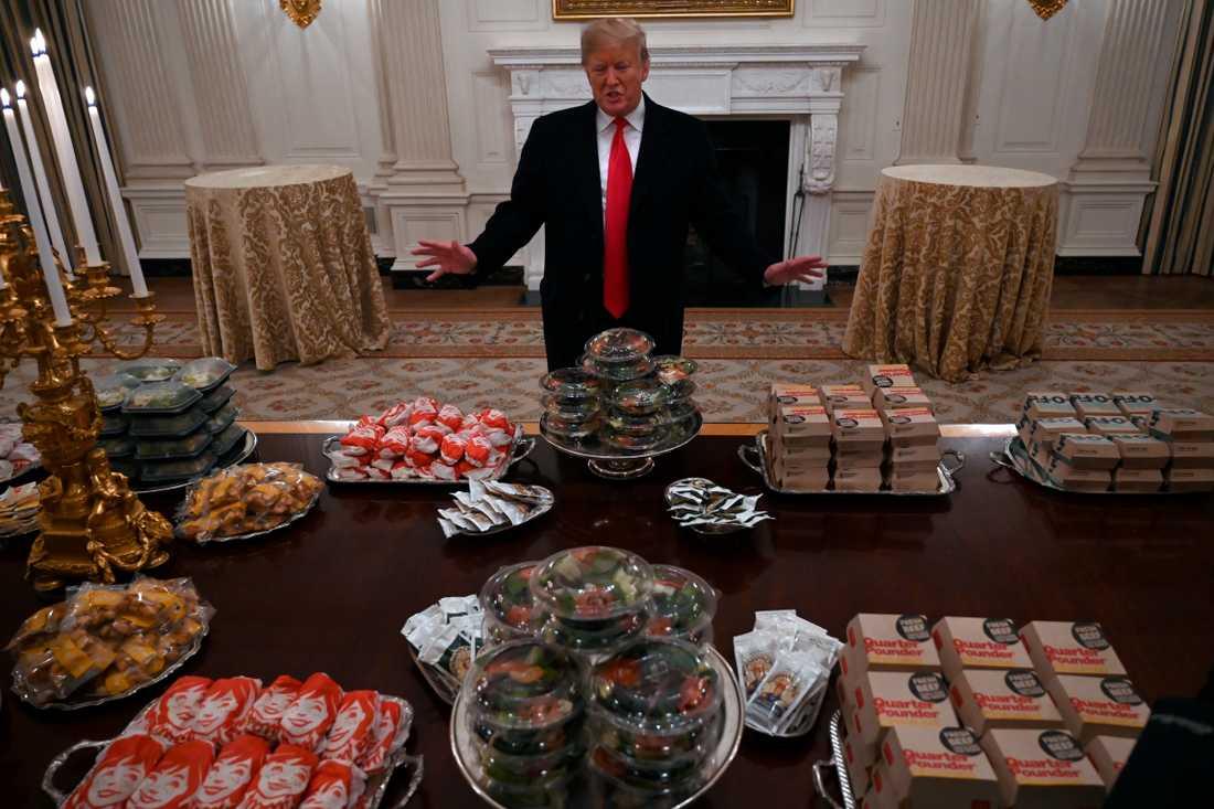 Det gick visst lite senapt för presidenten att twittra efter att ha bjudit på flottsemlor i Vita huset.