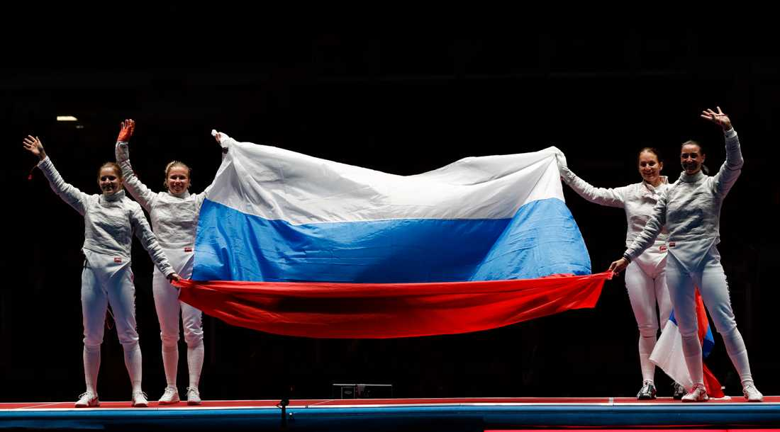 Sofja Velikaja och det ryska fäktningslandslaget under OS 2016. Arkivbild.