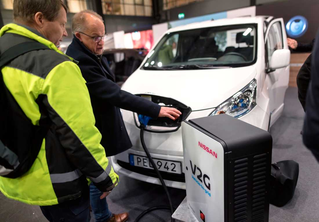 "V2G ""vehicle to grid"" , tekniken visas vid elmässan Ecarexpo i Göteborg."