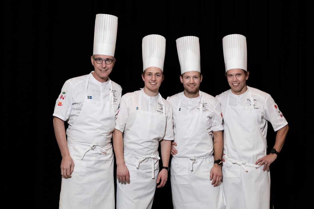 Henrik Norström, lagledare, Gustav Leonhardt, assisterande kock, Sebastian Gibrand, kock, Sveriges deltagare, och Tommy Myllymäki, coach. Inför världsfinalen i kocktävlingen Bocuse d'Or.