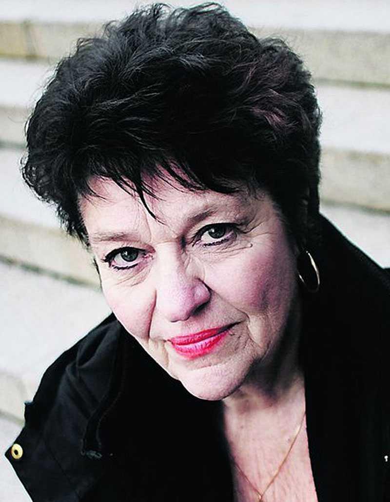 """hål i demokratin """"Det här blir ett väldigt tydligt bevis på partipiskan och att det är ett stort hål i vår demokrati"""", säger Solveig Ternström (C)."""