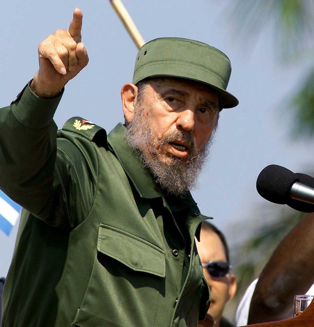 """""""Jag insåg att mitt sanna öde skulle bli kriget som jag skulle utkämpa mot USA"""", sade Castro i Oliver Stones dokumentär om honom 2004."""