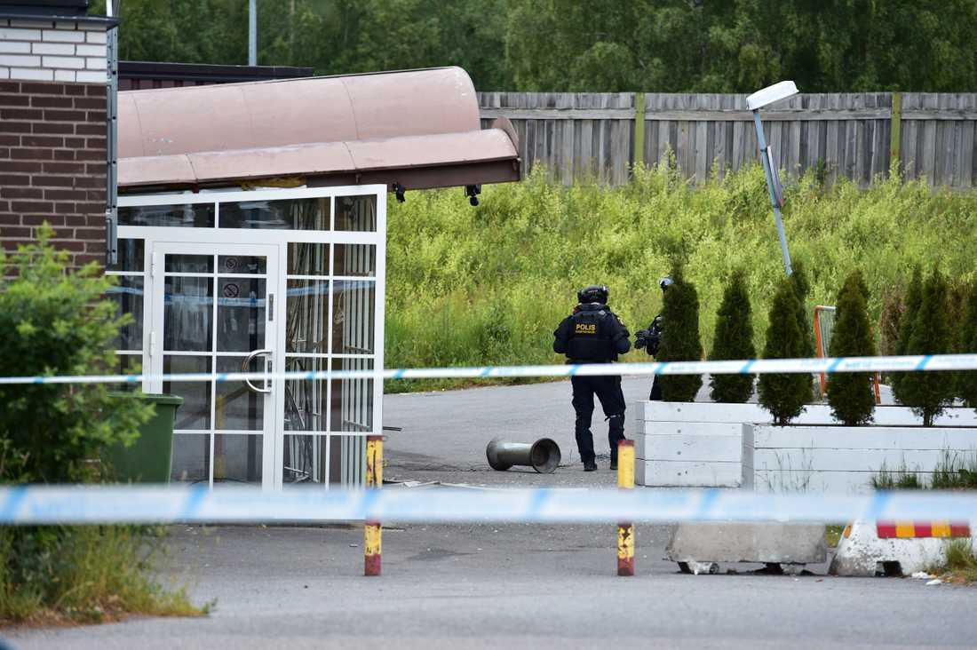 En explosion inträffade nära en kyrka i Södertälje natten mot fredag.