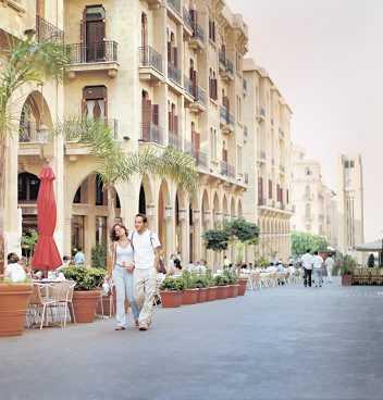 I Beirut vill man återta sin forna ställning som en av de hetaste städerna kring Medelhavet.