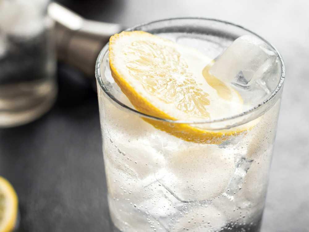 Gin och tonic.