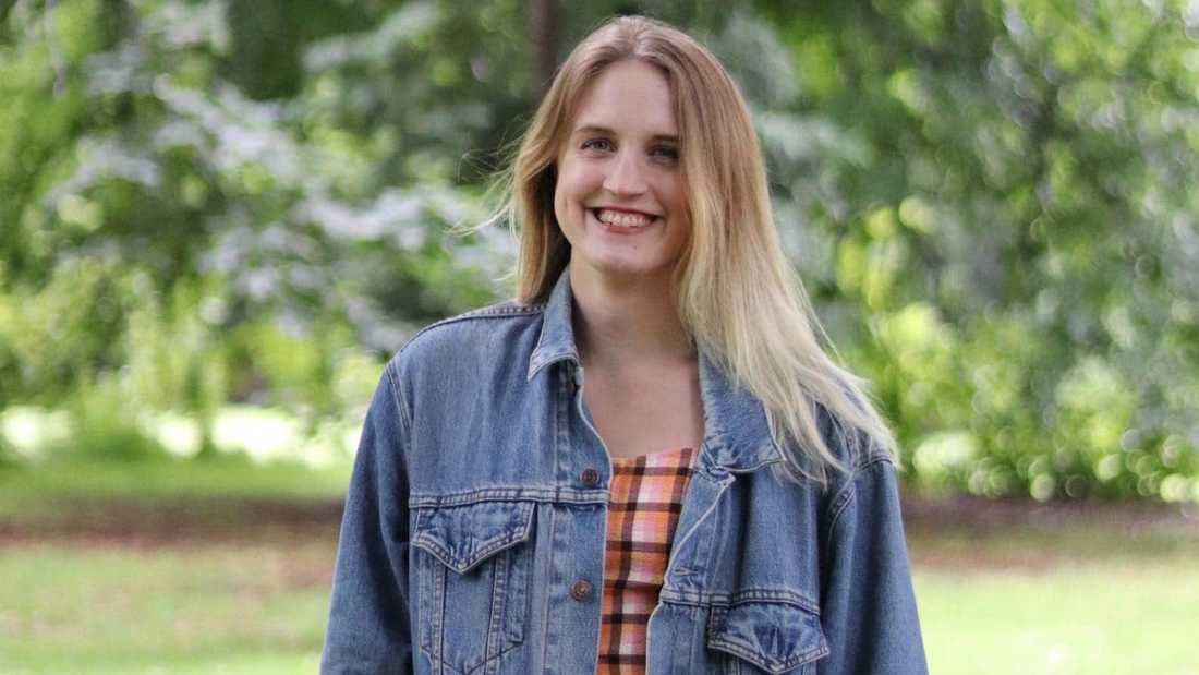Anna Höwing ville göra högskoleprovet för att öka chansen att komma in på socionomprogrammet. Hon kastades ur kön när hon skulle betala.