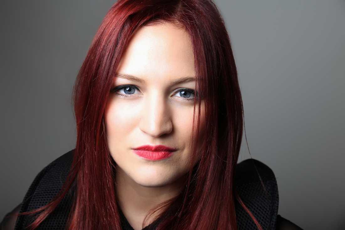 Jessika featuring Jenifer Brening , San Marino.