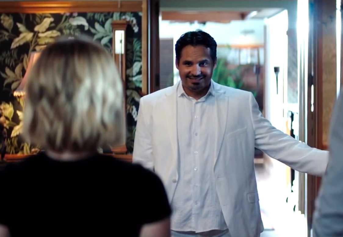 "Michael Peña i ""Fantasy island""."