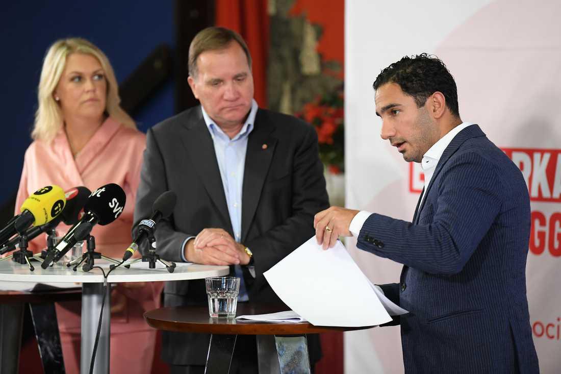 Socialminister Lena Hallengren, statsminister Stefan Löfven och civilminister Ardalan Shekarabi under pressträffen.