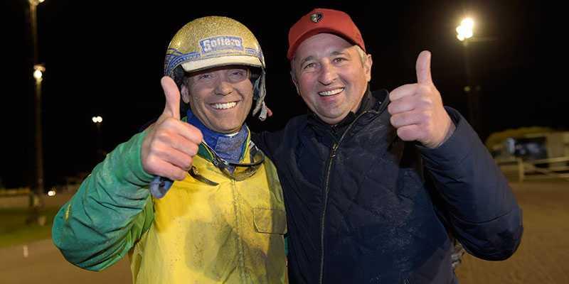 Björn Goop och Face Time Bourbons tränare, Sebastien Guarato.