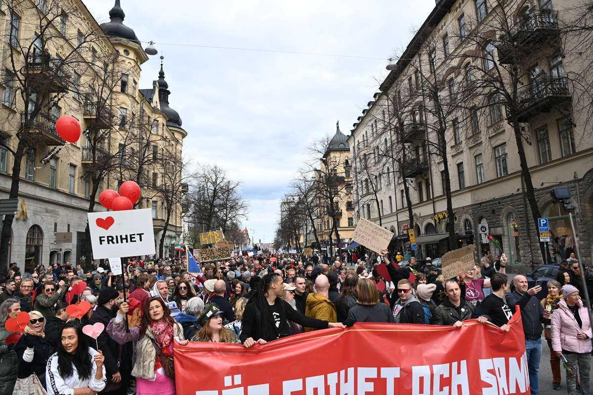 Hundratals personer deltog i protesterna.
