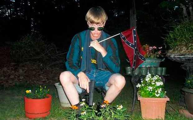 Besatt av rasistiska symboler. Inte ens efter massakern tog någon Dylann på allvar.