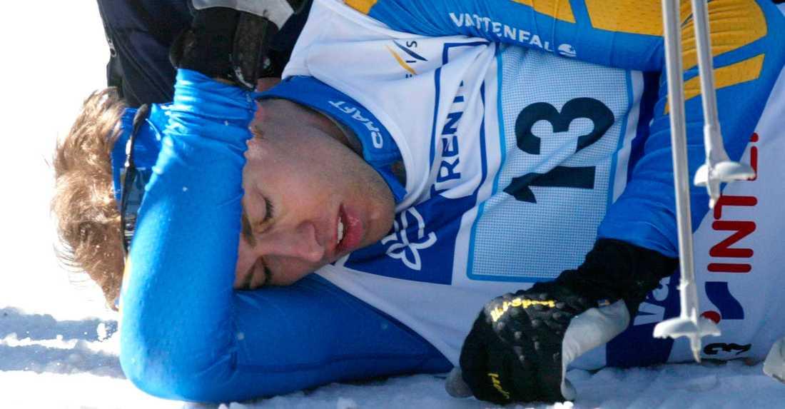 Jörgen Brink efter kollapsen i stafetten.