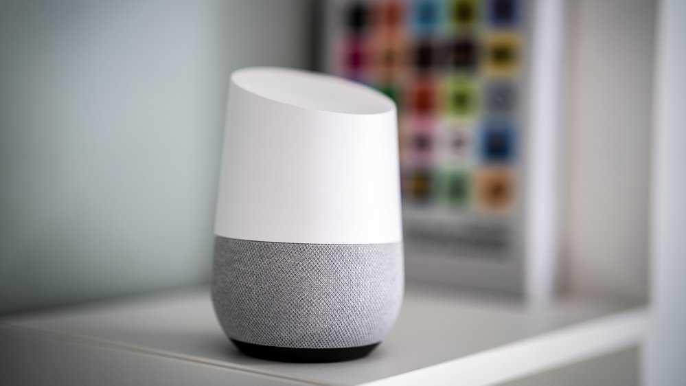 Google Home ser åtminstone ganska läcker ut där den står på sin hylla.