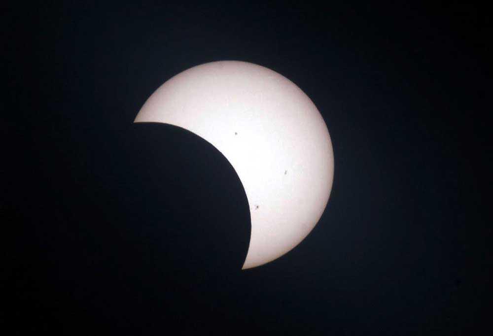 Partiell solförmörkelse.