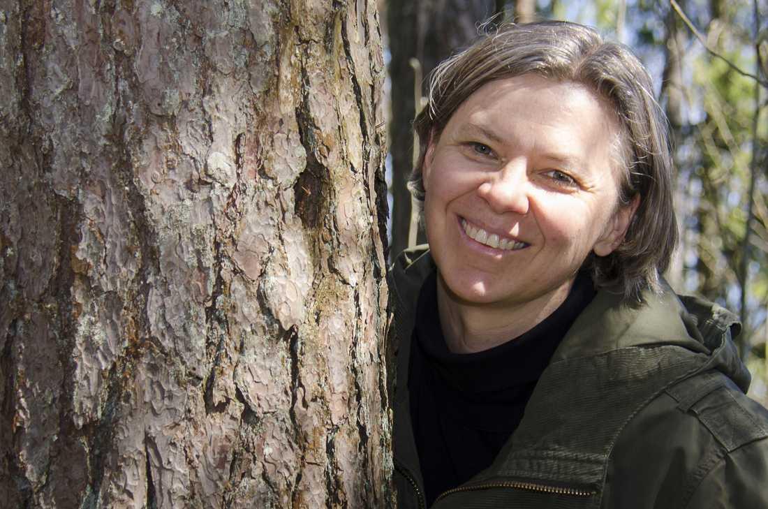 Eva-Stina Byggmästar, född 1967, flerfaldigt prisad poet.
