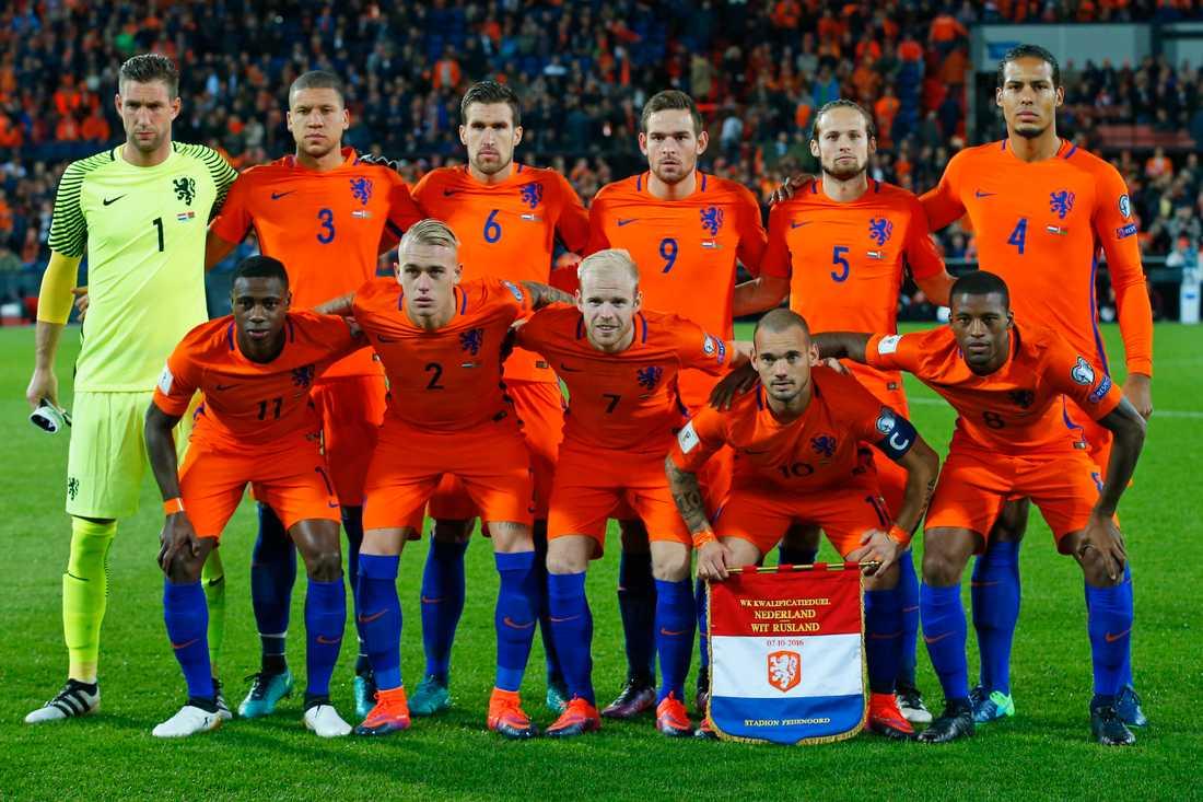 Holland hoppas att Sverige tappar poäng mot Bulgarien.