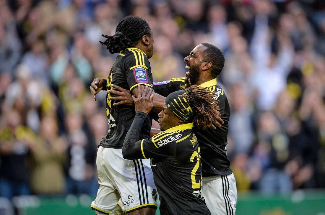 AIK är tre poäng efter Norrköping i jakten på SM-guld. Men mycket talar för att AIK inte kommer att förlora någon av sina tre återstående matcher. Det har de i alla fall inte gjort de senaste sju åren.