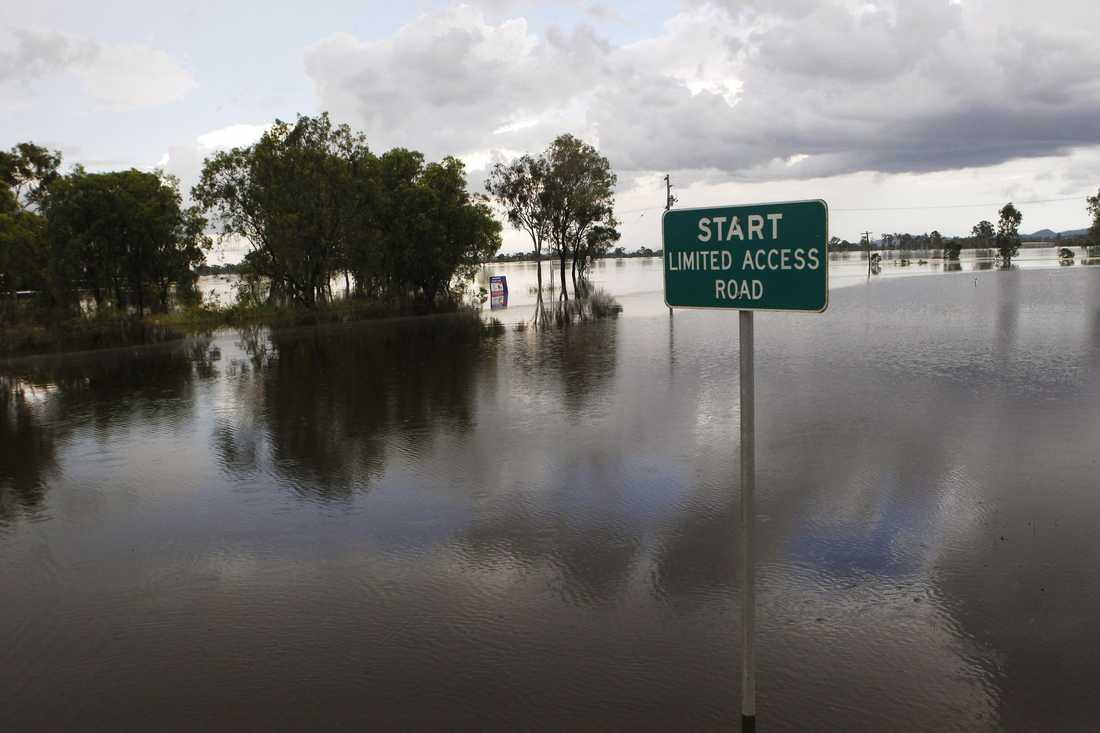 ROCKHAMPTON UNDER VATTEN Invånarna i Rockhampton i Queensland är svårt drabbade av översvämningarna.
