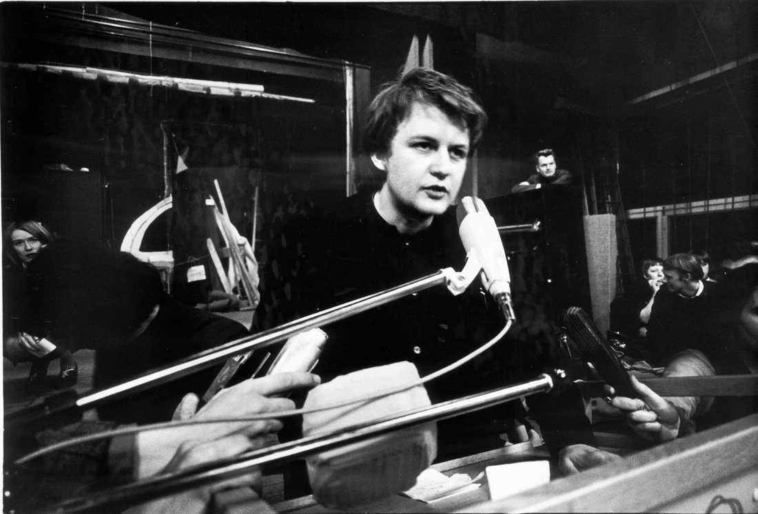 Anders Carlberg i talarstolen under kårhusockupationen.
