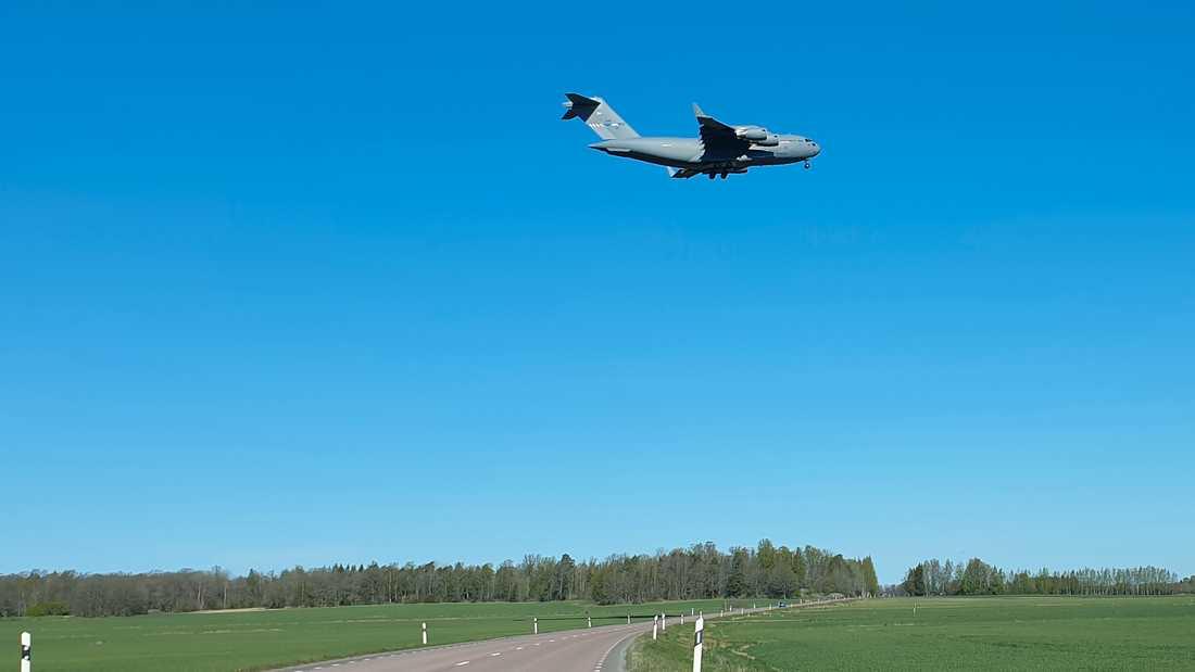 Bosse Westin lyckades fånga jätteplanet när det landade i Uppsala på förmiddagen.