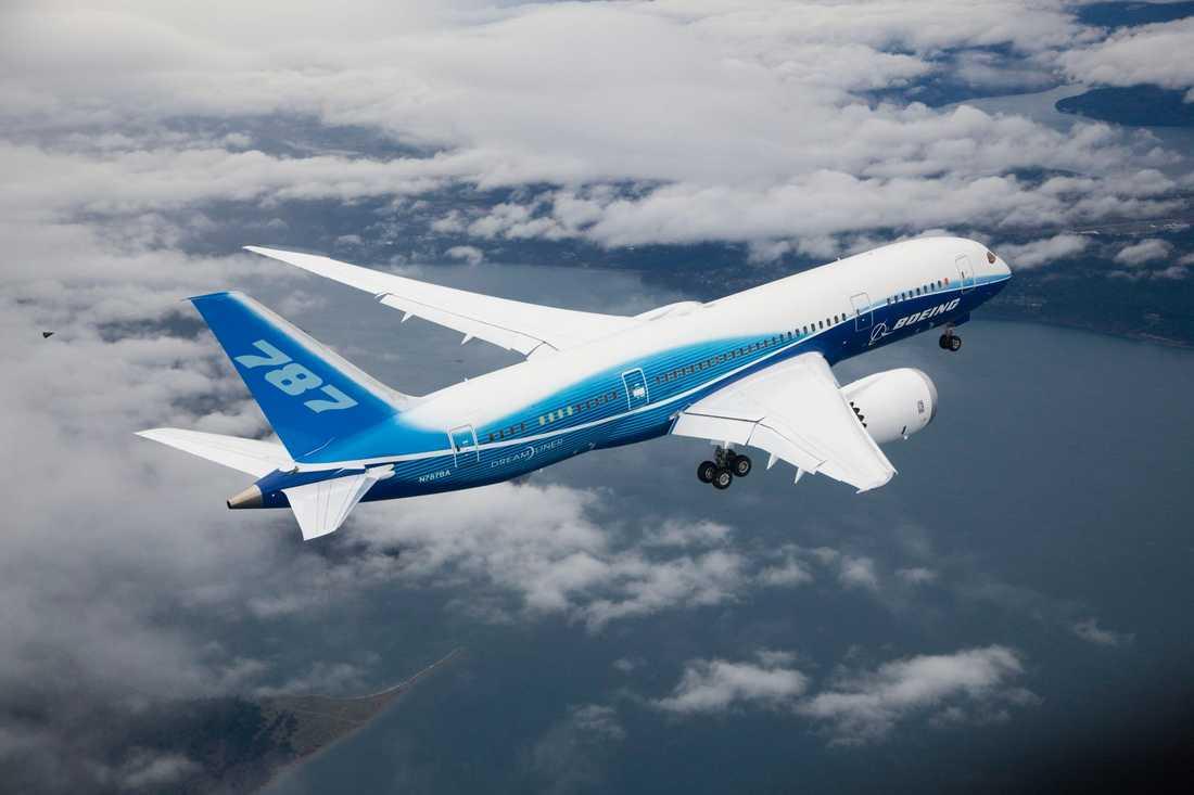 Boeing 787 Dreamliner är världens första passagerarplan byggt i kompositmaterial istället för metall.