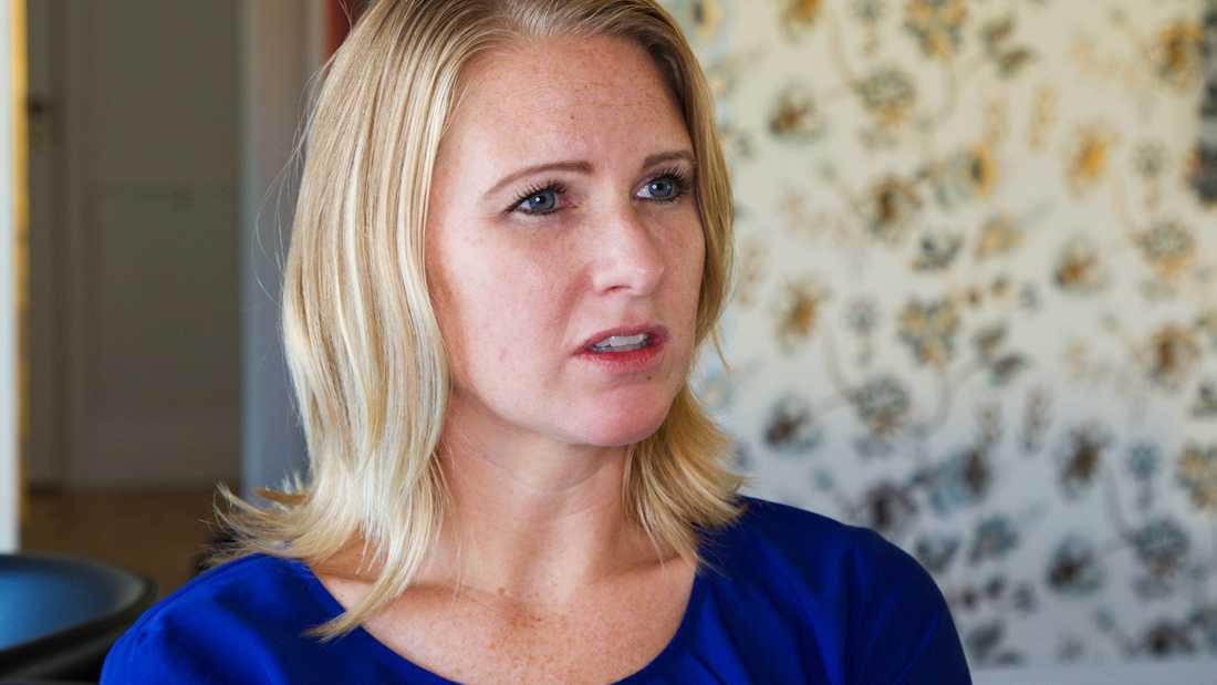Sofia Rolfsdotter agerade blixtsnabbt efter att regementet hört och sett smällen från trafikolyckan.