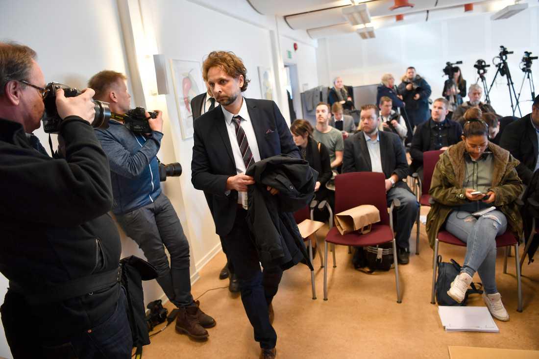 Chefsåklagare Niclas Wargren vid pressträffen  i Karlstad om mordet på Kevin.