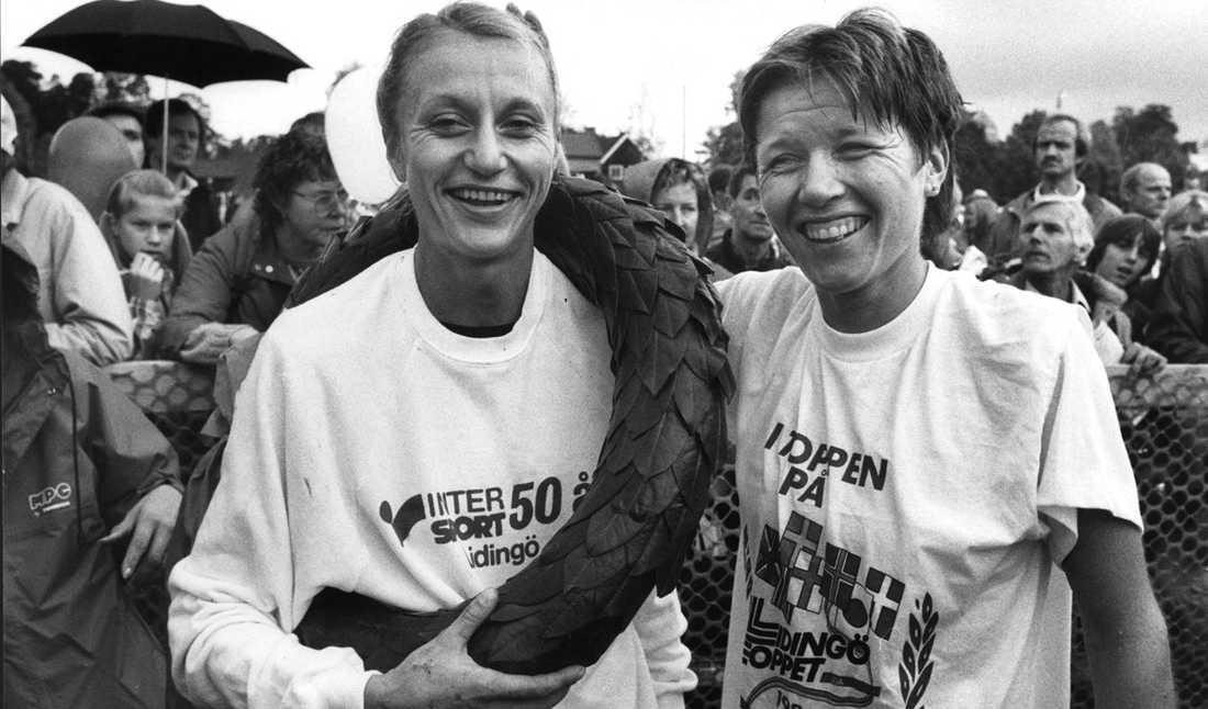 Waitz och norska kollegan Ingrid Kristiansen under Lidingöloppet 1984.