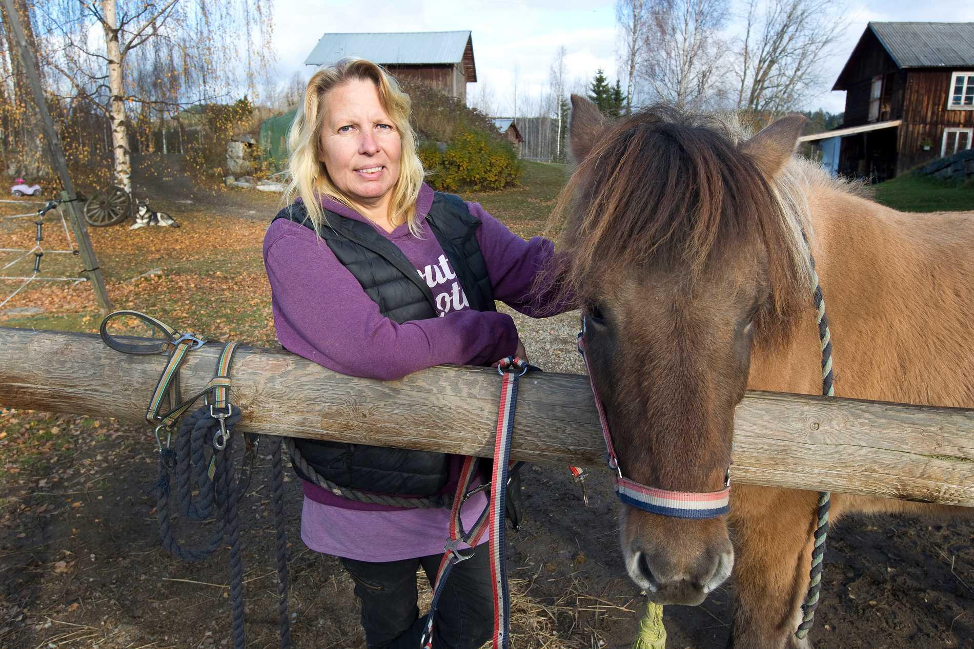 För Sanna Lund blev hästarna verkligen som medicin.