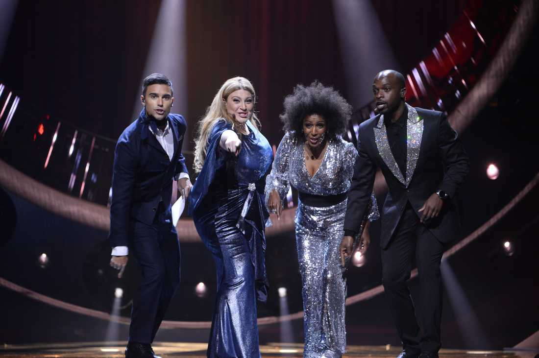 Melodifestivalens programledare.