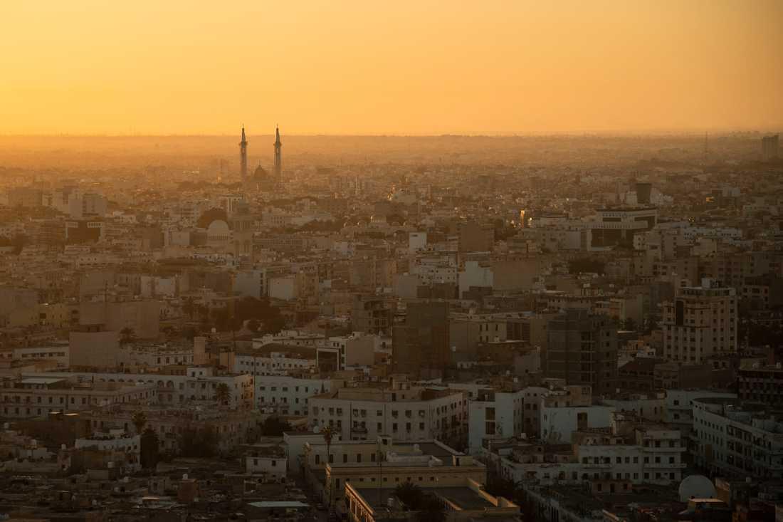 Tripoli sett vid gryningen på fredagen.