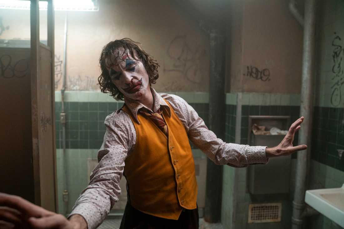 Joaquin Phoenix lockar biobesökare. Arkivbild.
