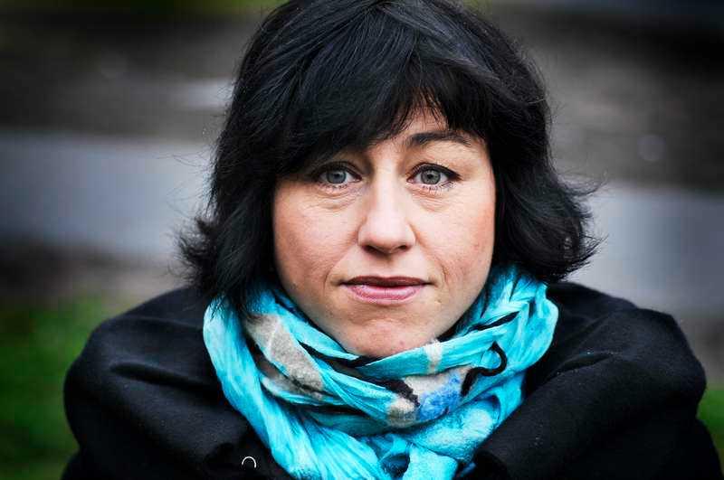 """Dagens Nyheters ledarskribent Hanne Kjöller är aktuell med boken """"En halv sanning är också en lögn""""."""