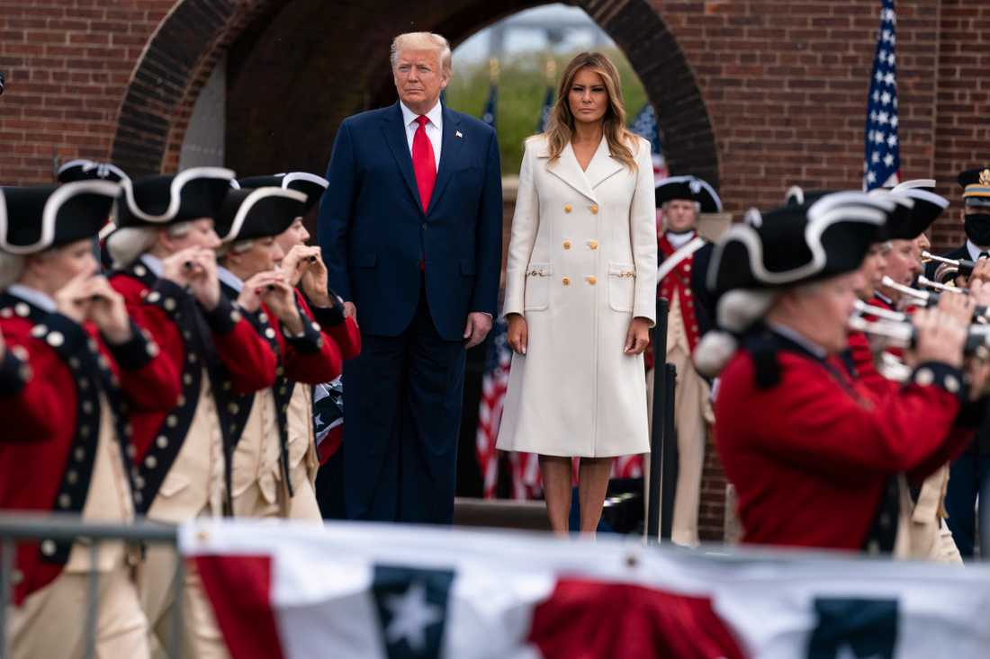 USA:s president Donald Trump och landets första dam Melania Trump vid en Memorial Day-ceremoni i Maryland i måndags.