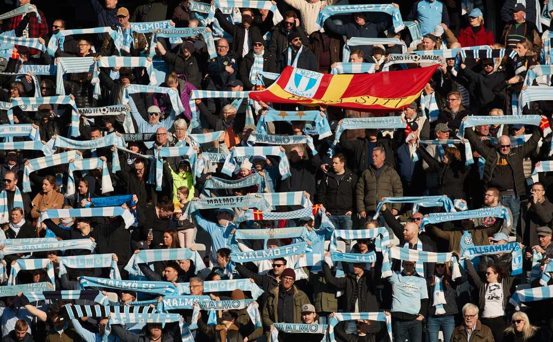 Över 4000 Malmö FF-supportrar väntas vara på plats på Volkswagen Arena för kvällens bortamatch mot Wolfsburg i 16-delsfinalen av Europa League. Arkivbild.