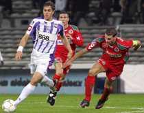 """STOR MATCHHJÄLTE Johan Elmander säkrade Toulouses seger mot Sedan med två mål. """"Det var mina första på hemmaplan"""", sa anfallaren till Sportbladet i natt."""