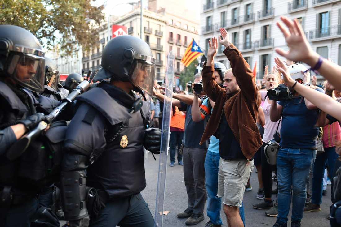 Vox vill förutom att förbjuda samtliga spanska separatiströrelser.