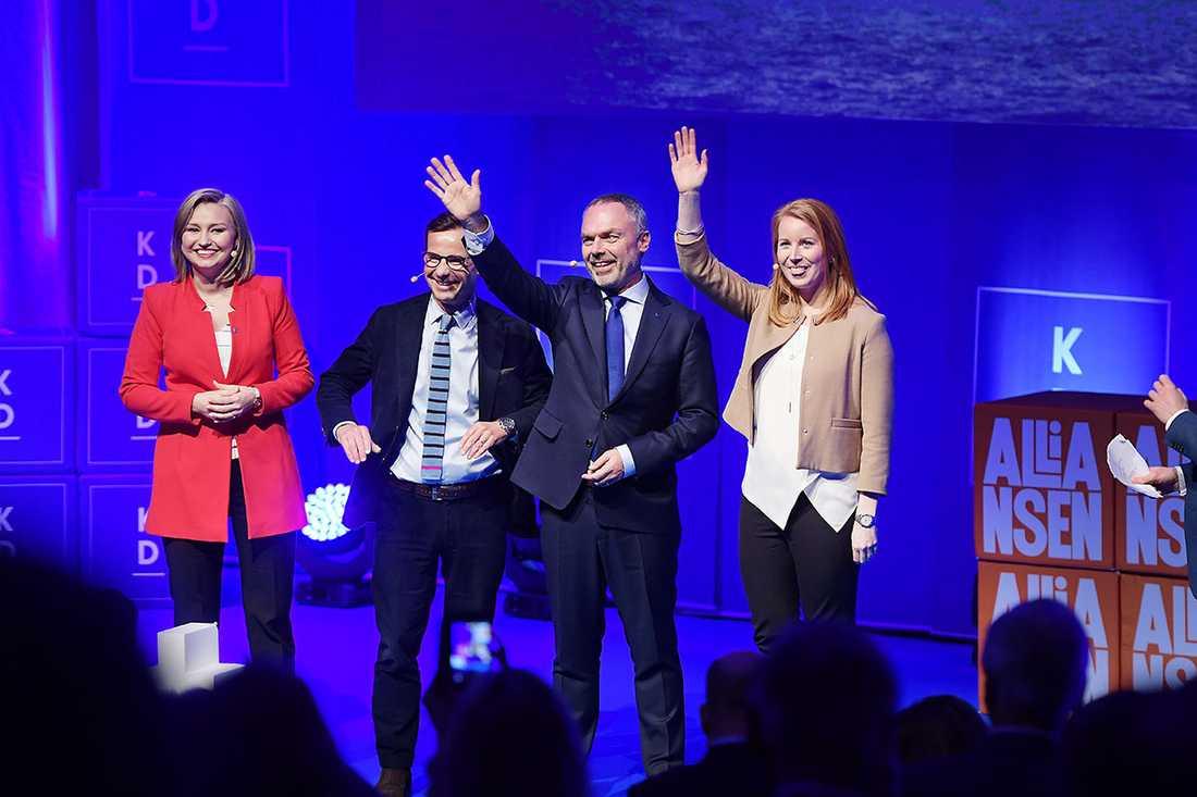 Ebba Busch Thor(KD), Ulf Kristersson(M), Jan Björklund(L) och Annie Lööf(C).