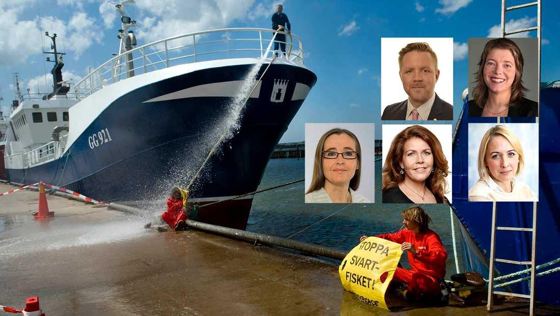Svenska och andra europeiska har fiskat i ockuperat vatten och därmed plundrat västsaharierna på deras fisk, skriver debattörerna. På bilden fiskefartyget Nordic IV som Greenpeace anser fiskat olagligt i Västsahara. Båten har inget med artikeln i övrigt att göra.