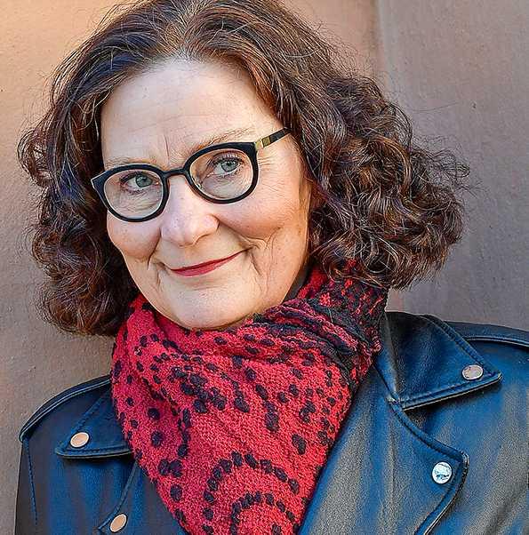 """Professor Ebba Witt-Brattström (född 1953) skriver roligt och underhållande i nya essäsamlingen """"Kulturkvinnan""""."""