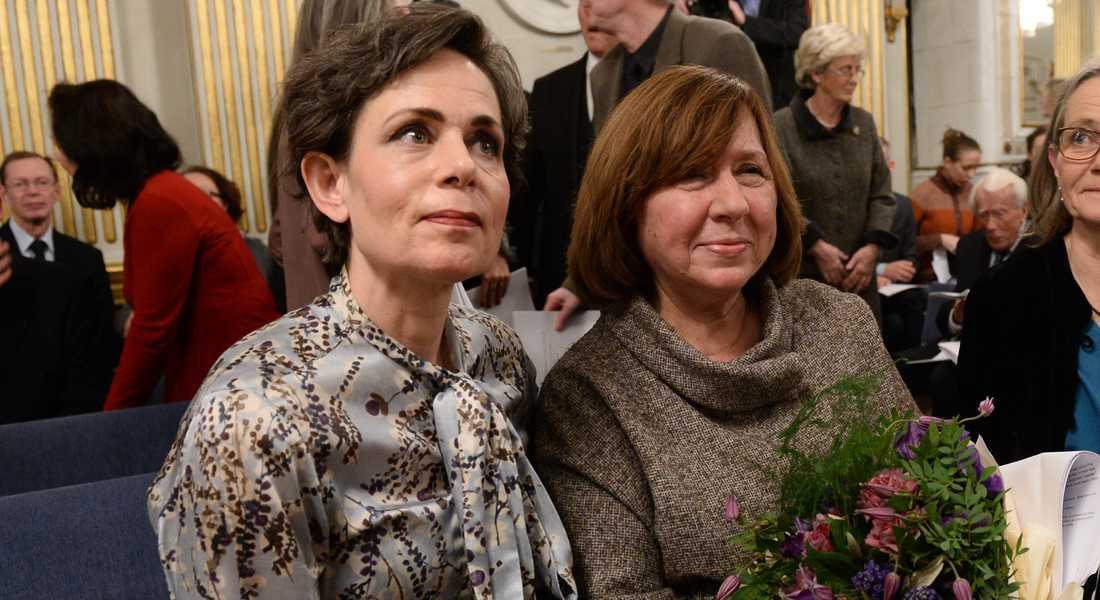Sara Danius med Nobelpristagaren Svetlana Aleksijevitj.