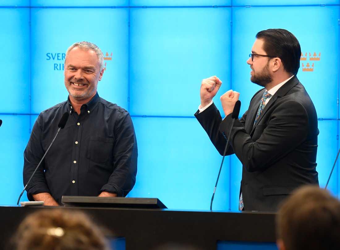 Liberalernas partiledare Jan Björklund och Sverigedemokraternas partiledare Jimmie Åkesson.