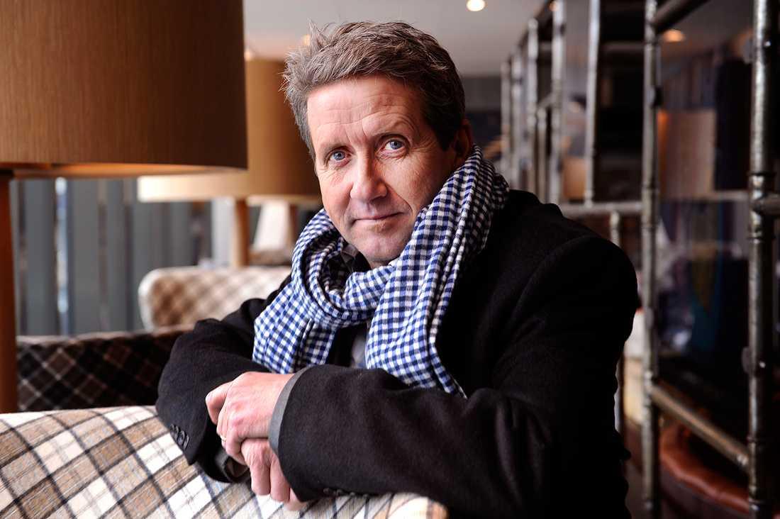 – Jag är jätteglad över att Björn har fått ett jobb som han gillar. Han fick inte jobba så mycket som han ville hos TV4 och han måste ju försörja sig, så det här är jättekul för Björn, säger Martin Timell till Dagens Media.