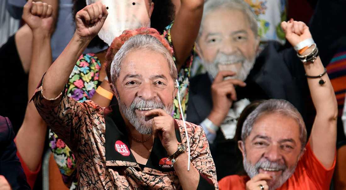 Expresidenten Lula da Silva vill ställa upp i höstens val, men har fängslats. Valmötet fick hållas i hans frånvaro.
