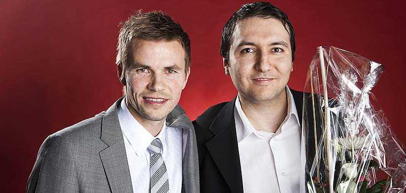 Niclas Alexandersson delade ut pris till Ersin Coksurer på Haninge centrum spel & tobak.